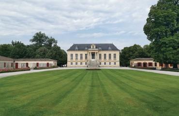 Vinimarché a visité les Vignobles André Lurton sur l'appellation Pessac-Léognan